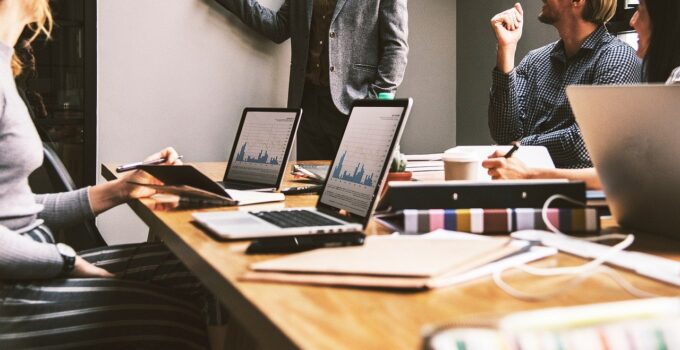 7 consejos para implantar una estrategia centrada en la experiencia de cliente